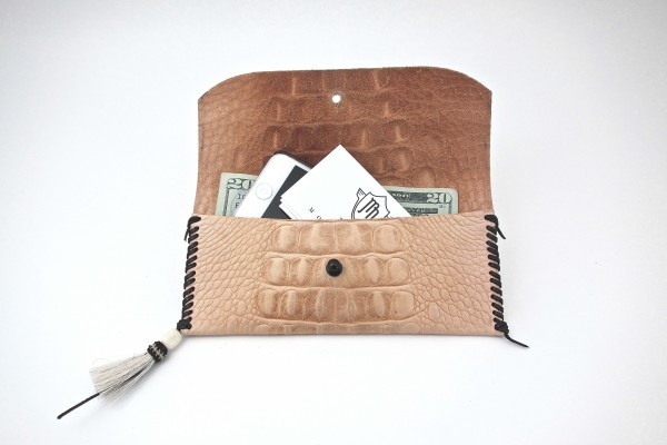 Embossed Croc Wallets – Natural - Open